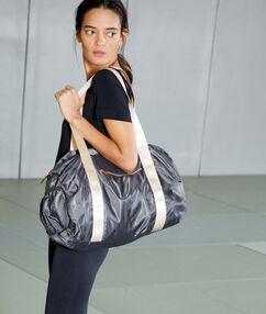 Sportovní taška kaki.