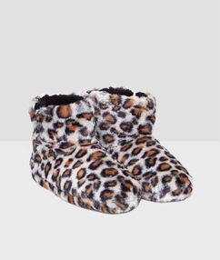 Polobotky zumělé kožešiny spotiskem leopard  beige.