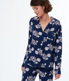 Chemise de pyjama imprimée bleu.