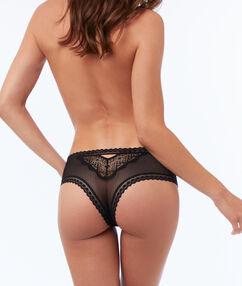 Krajkové bokové kalhotky svysokým bokem černá.