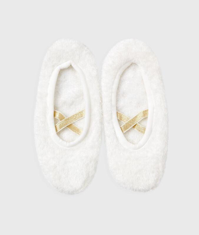 Měkké pantofle bílá.