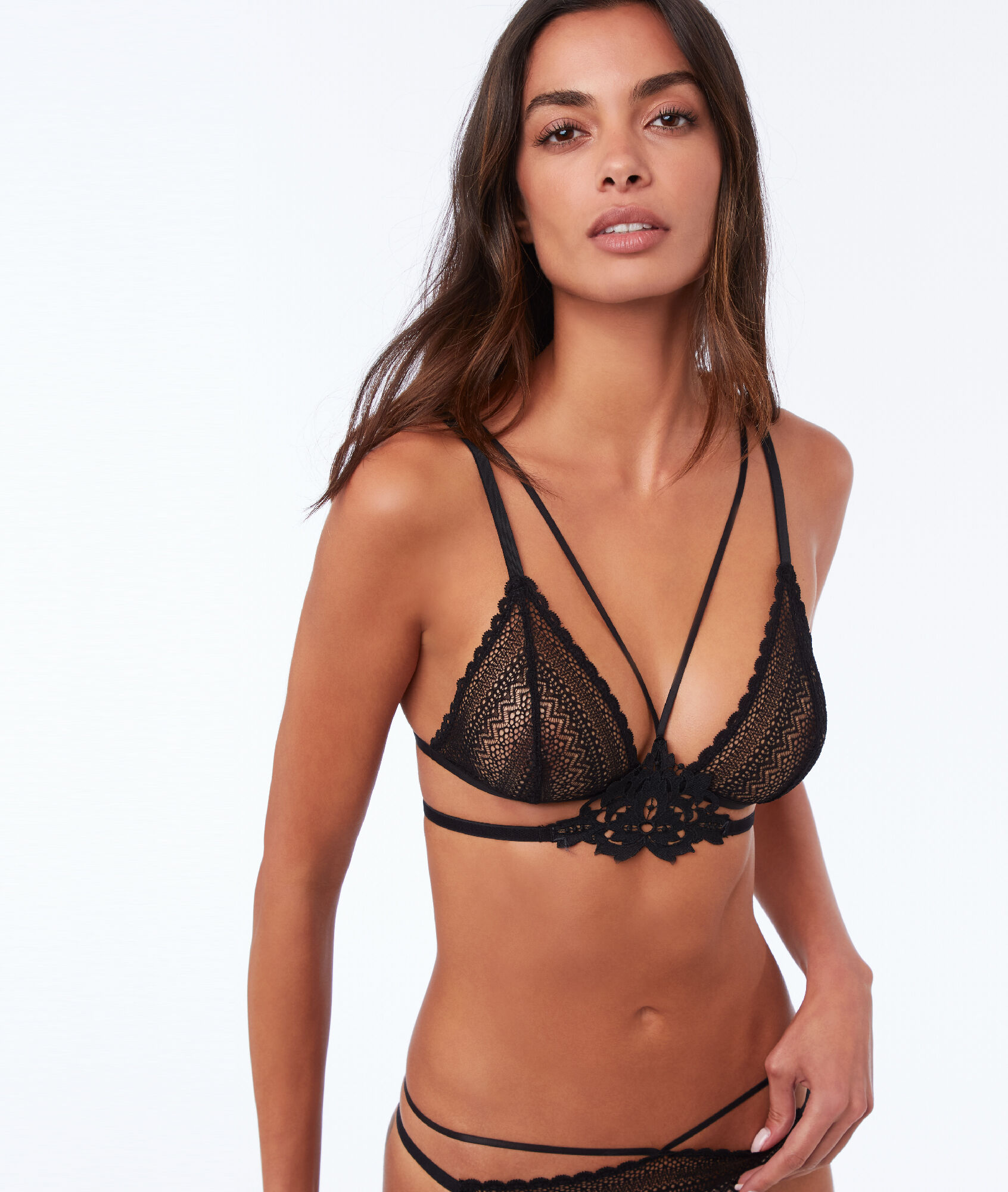 a605c3e5372f0 Lace triangle bra with laces - CROONER - Black - Etam
