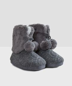 Kožešinové papuče ze dvou materiálů šedá.