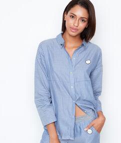 Pruhovaná pyžamová košile modrá.