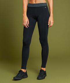 Sportovní kalhoty noir.