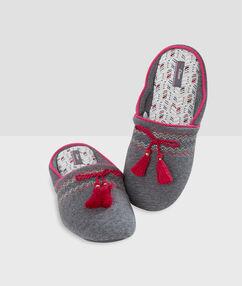 Papuče se střapci gris.