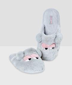 Pantofle 3d gris.