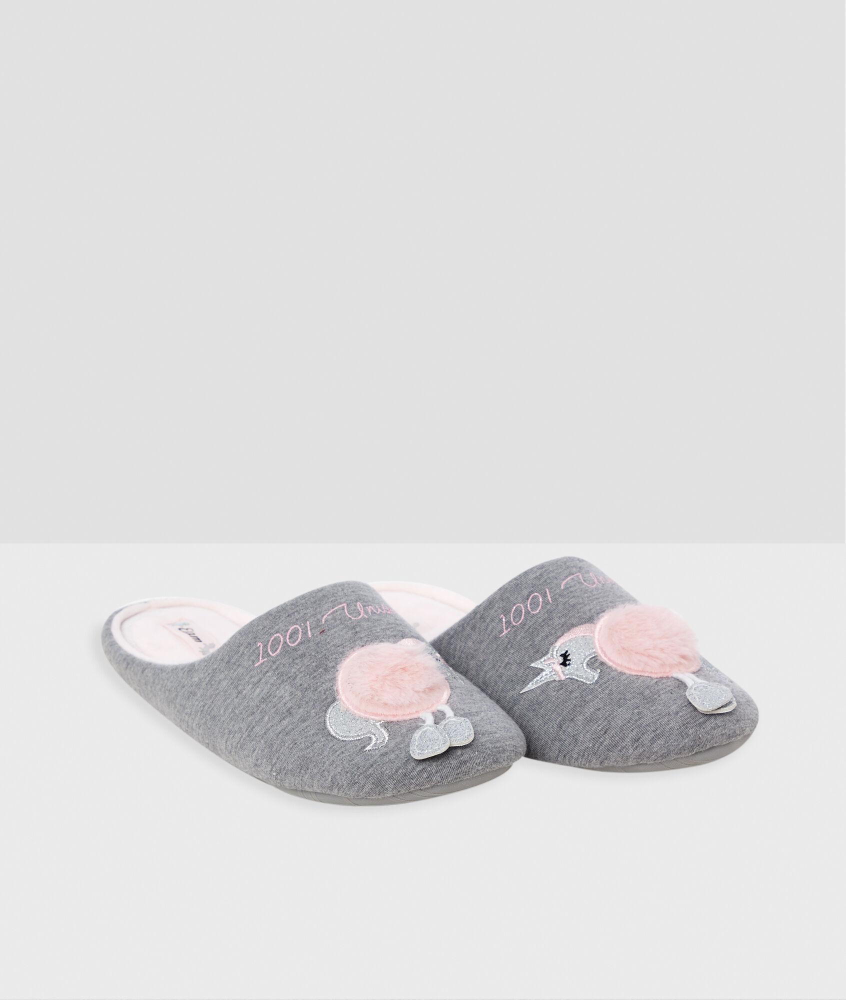 0705f7f87e7 Pantofle s jednorožcem - Etam