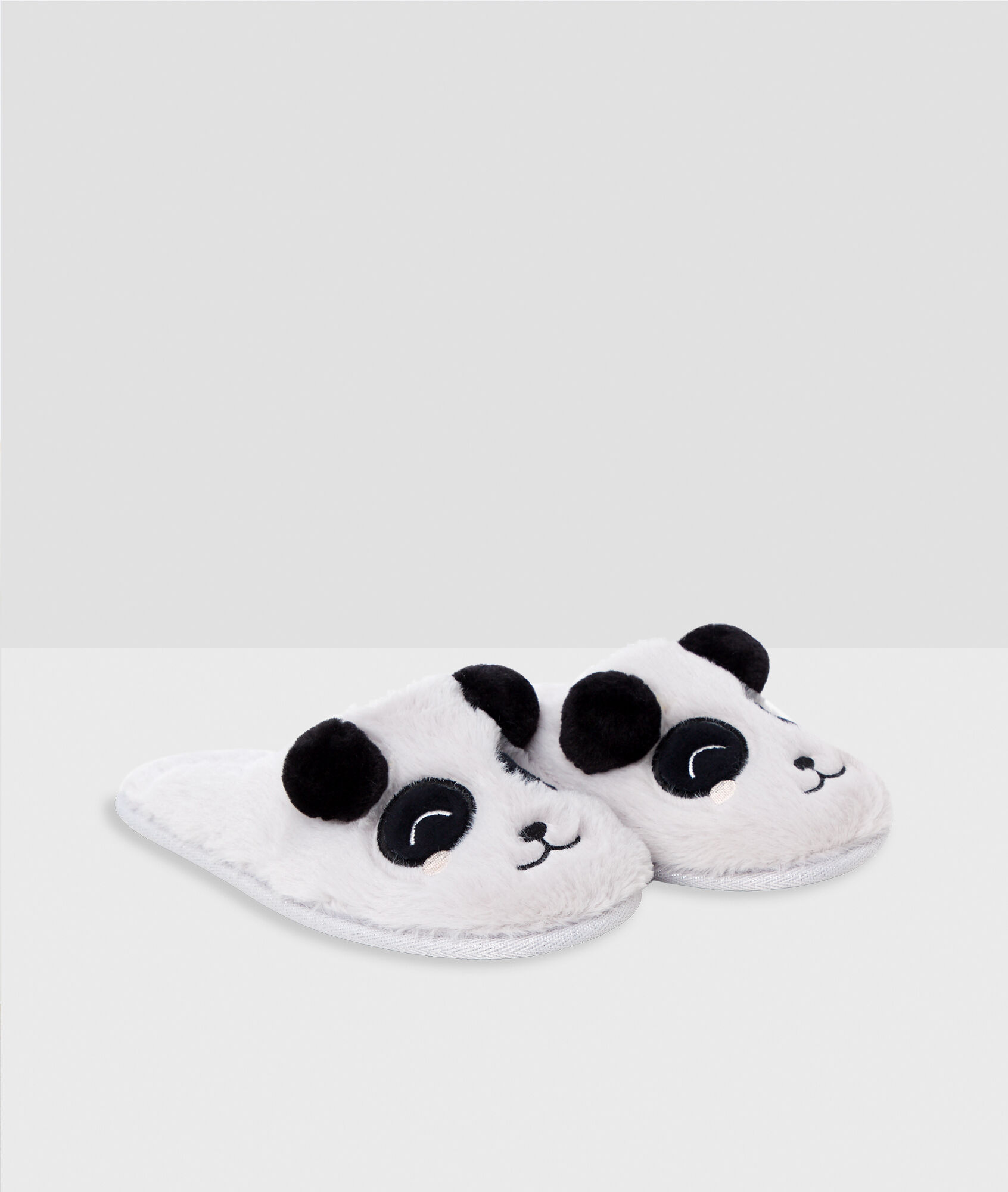 f971f8f92f3 Pantofle s pandou - Etam