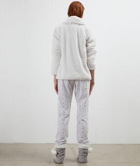 Třídílné pyžamo ecru.