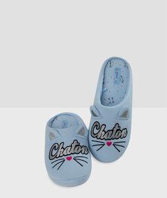 Papuče s kočičím potiskem bleu.
