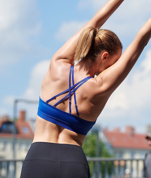 Podprsenka s překříženými zády - lehká podpora